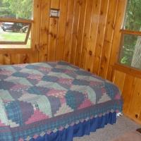 9birch-lakes-resort-cabin-03
