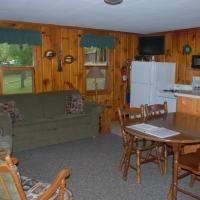 6birch-lakes-resort-cabin-01