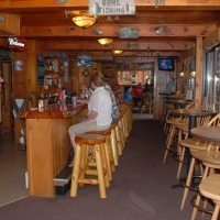birch-lakes-resort-bar-02