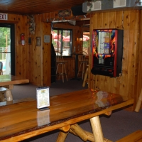 birch-lakes-resort-bar-03