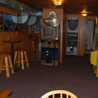 birch-lakes-resort-bar-04